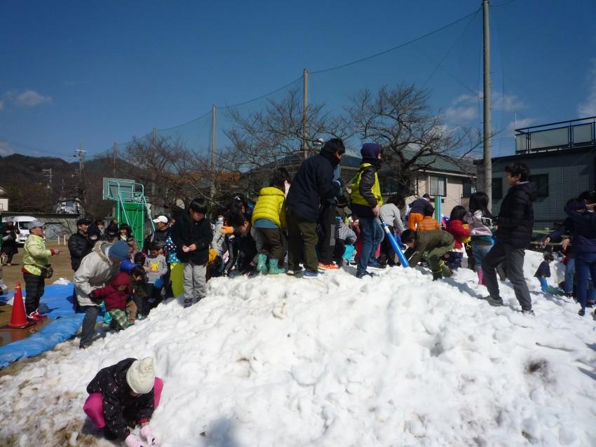 31.2.23雪遊び2
